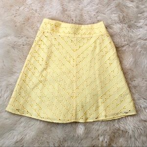 Yellow eyelet Aline skirt lined NWT 🆕